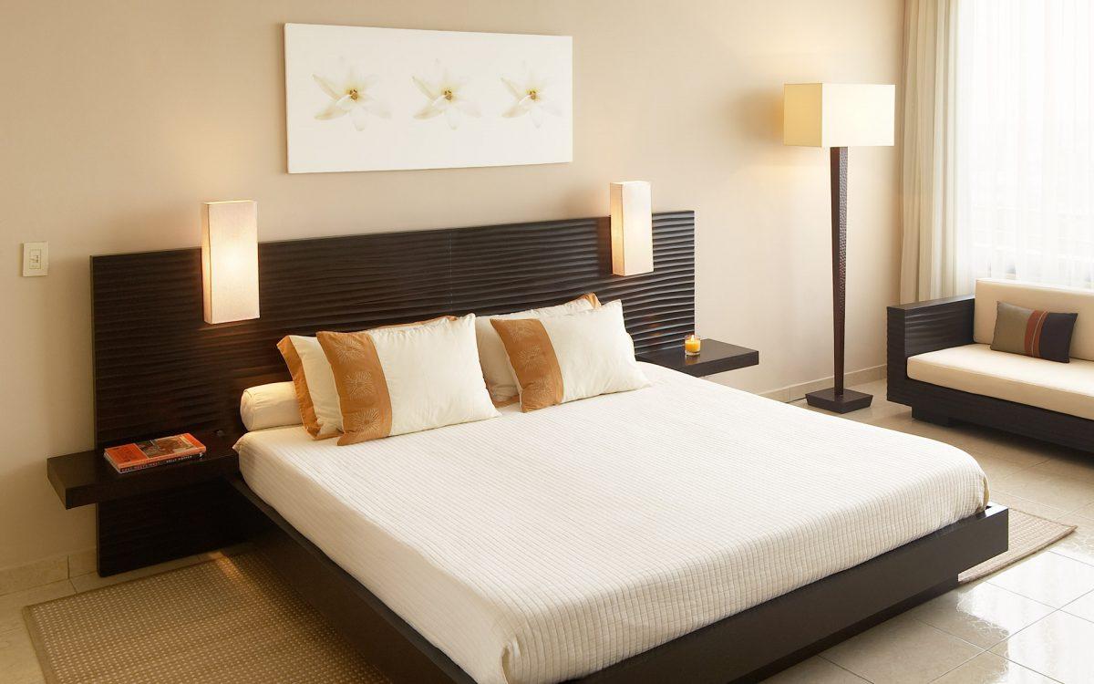 Удобная кровать для спальни, какая она?